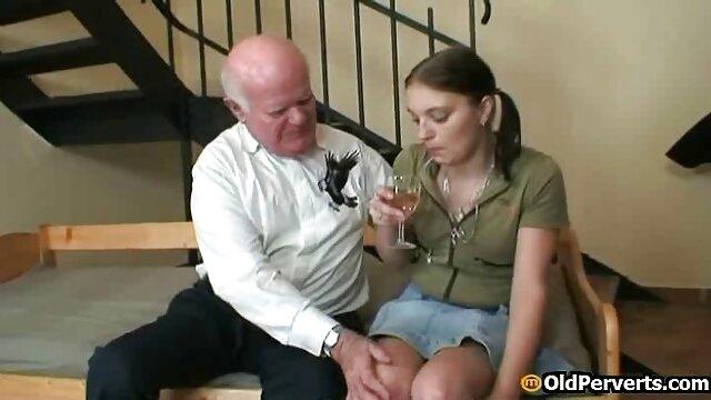 Reife aufgeraut , gefesselt nackte reife frauen beim sex & in den Arsch gestopft